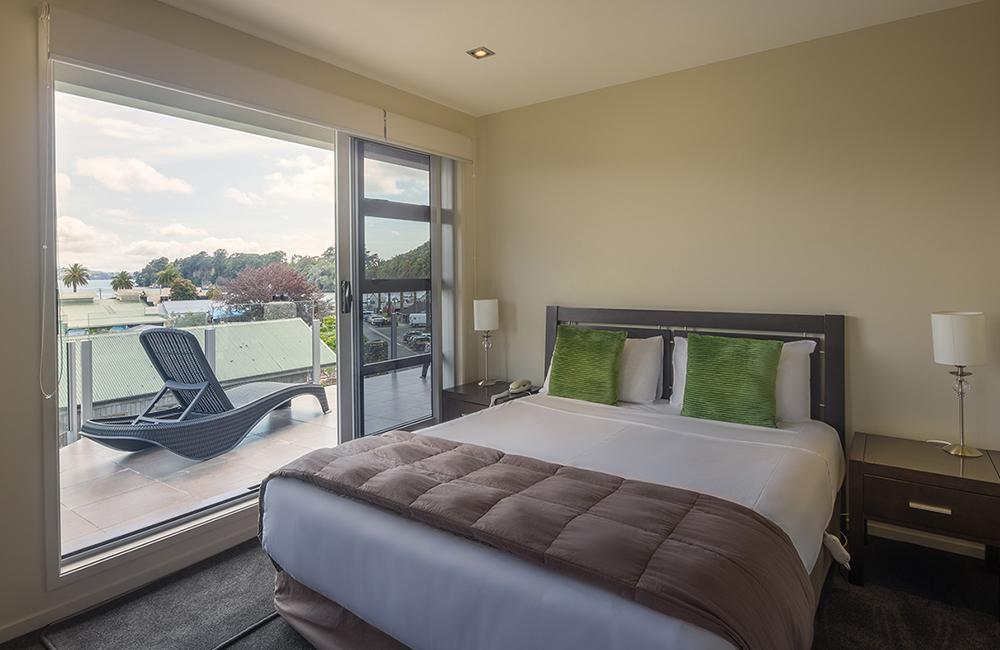 Luxury 3 Bedroom Apartments, Whitianga, NZ - Esplanade ...